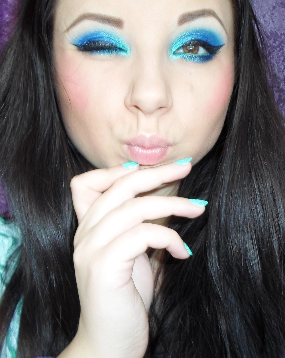 Hues of the sea: Aqua and Blue- makeup and nails of the day | Cat ...