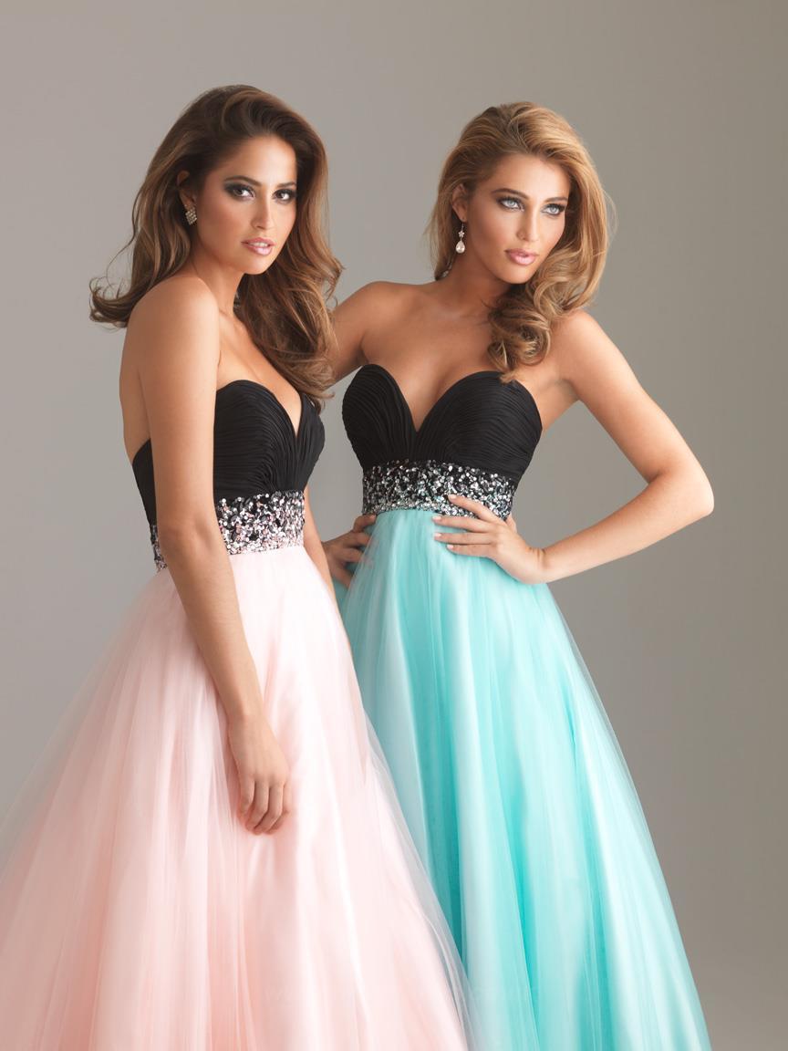 Dresses for Prom Season 2015 | Cat Eyes Red Lips